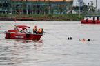 Chìm tàu trên sông Sài Gòn, 2 mẹ con mất tích
