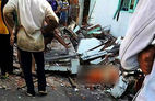 Ban công đổ sập, 3 phụ nữ tử vong khi ngồi hóng mát
