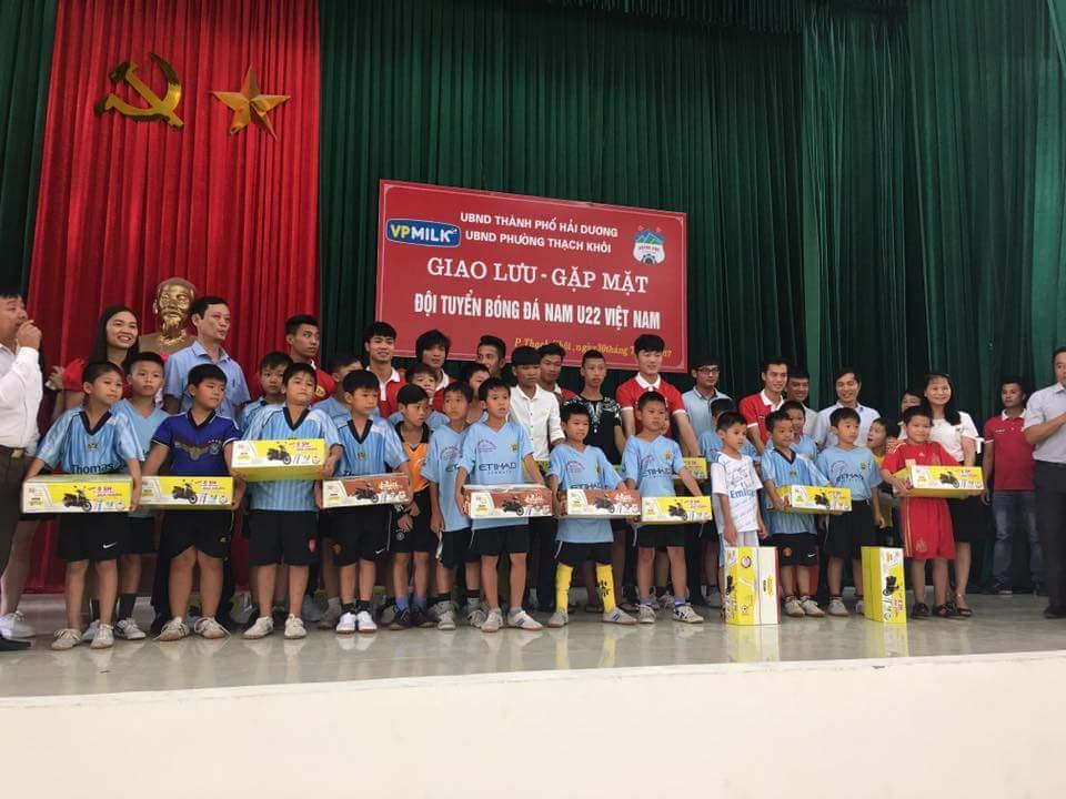 U22 Việt Nam, HLV Hữu Thắng, Văn Toàn, Công Phượng