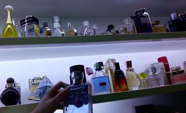nước hoa, mỹ phẩm giả, hàng Tàu, hàng xách tay
