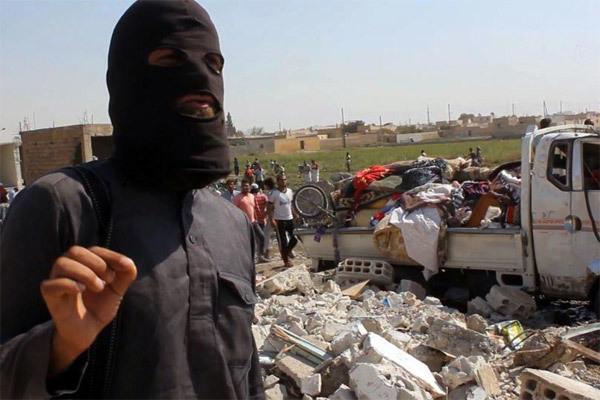 Lời kể đáng sợ của nhà báo Đức thâm nhập vào IS