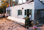 Sập ban công 3 người chết: Bé trai 3 tuổi tử vong trên đường cấp cứu