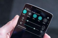5 mẹo tiết kiệm pin độc và lạ cho smartphone chạy Android