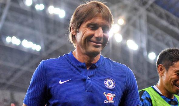10 sao MU phải 'ra đường', Conte hỉ hả trước tin vui