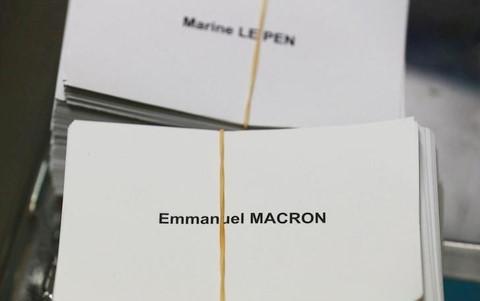 WikiLeaks công bố 20.000 email liên quan bầu cử Tổng thống Pháp