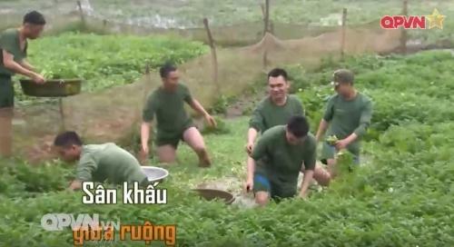 Chuyện hậu trường thú vị khi sao Việt nhập ngũ