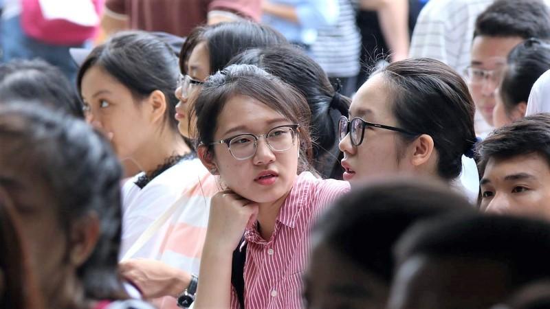 Điểm chuẩn cao nhất trong nhiều năm, Bộ Giáo dục nói gì?