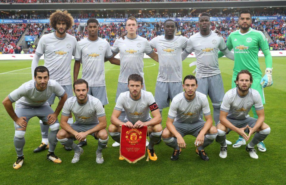 Chưa vào giải, thầy trò Mourinho đã 'ngộp' trong tiền thưởng