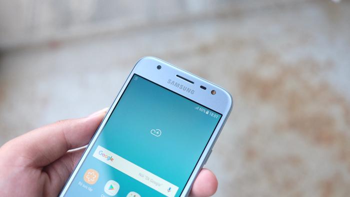Trên tay Galaxy J3 Pro: Lựa chọn mới trong tầm giá 5 triệu đồng