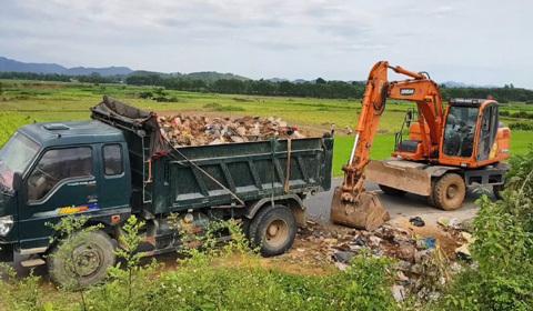 rác bủa vây Hà Tĩnh