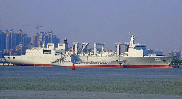 Trung Quốc đưa tàu tiếp tế khổng lồ vào hoạt động