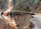 Sạt lở đất đá ở Lai Châu vùi lấp 2 bố con