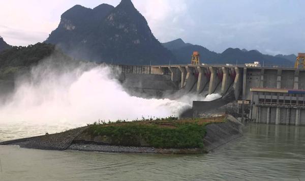 Dự báo thời tiết 3/8: Mưa to, thuỷ điện Lai Châu phải xả 5 cửa mặt