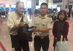 Hành khách Mỹ bỏ quên hơn 17.000 USD ở Tân Sơn Nhất