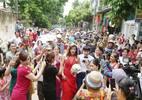 Cô dâu chuyển giới và đám cưới gây náo loạn đường phố Thanh Hóa