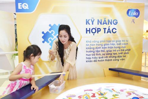 Ốc Thanh Vân giúp con phát triển cân bằng IQ và EQ