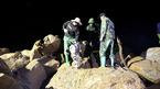 Yên Bái: Phá đá xuyên đêm tìm người bị lũ cuốn
