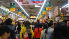 Nguyễn Đức Tài, Phạm Nhật Vượng tính tỷ USD cho bán lẻ