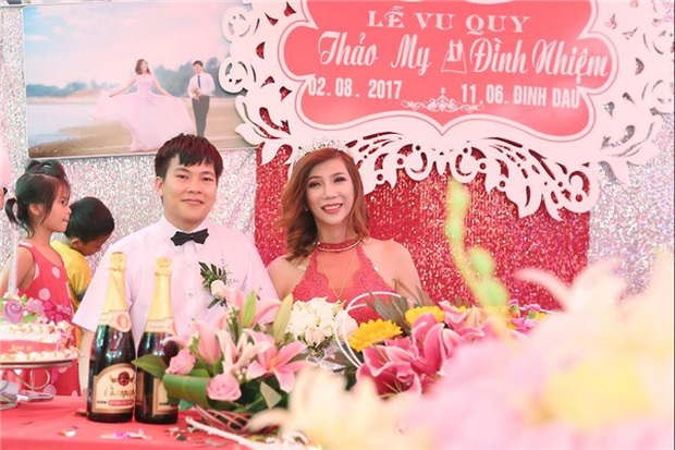 Cô dâu chuyển giới ở Thanh Hóa tiết lộ về người chồng kém 10 tuổi
