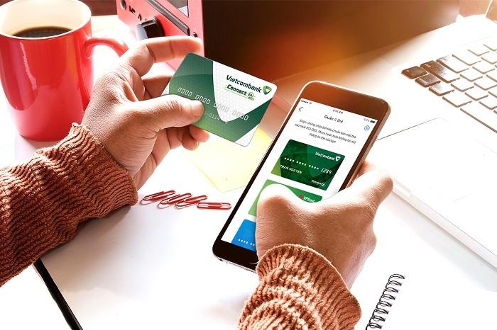 Dịch vụ thanh toán thẻ qua di động Vietcombank-Moca