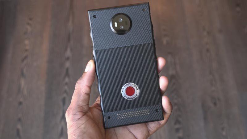 """Smartphone giá 1.200 USD của hãng máy quay chuyên phim """"bom tấn"""" có gì lạ?"""