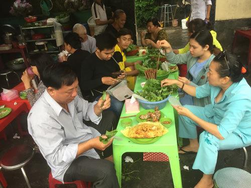 bánh xèo, người Sài Gòn, món ngon Sài Gòn