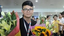 Nam sinh giành Huy chương Vàng Olympic Tin học quốc tế chơi game mỗi ngày