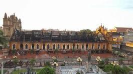 Rớt nước mắt kể phút dập lửa nhà thờ Trung Lao bất thành