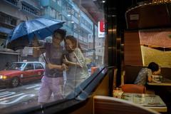 Hồng Kông thiếu nam giới trầm trọng, nữ giới lười kết hôn