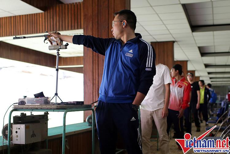 VĐV, Đoàn thể thao Việt Nam, Hoàng Xuân Vinh, Trung tâm Nhổn