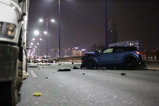 Khởi tố tài xế lái Range Rover gây tai nạn trên cầu Sài Gòn