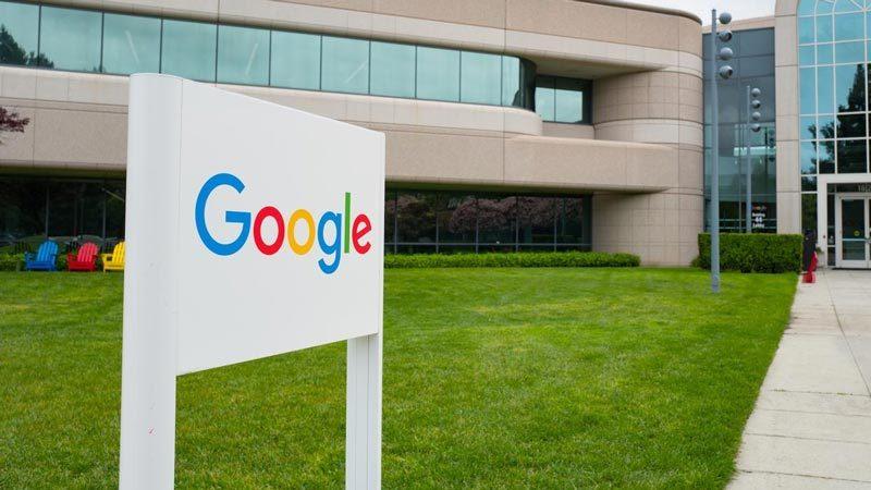 """""""Bão"""" lớn tại Google vì tuyên bố chống đa dạng giới tính"""
