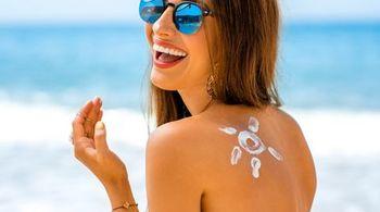 Bôi kem chống nắng không đúng cách có nguy cơ khiến bạn mắc ung thư da