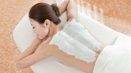 Tắm trắng có nguy cơ gây ung thư da không?