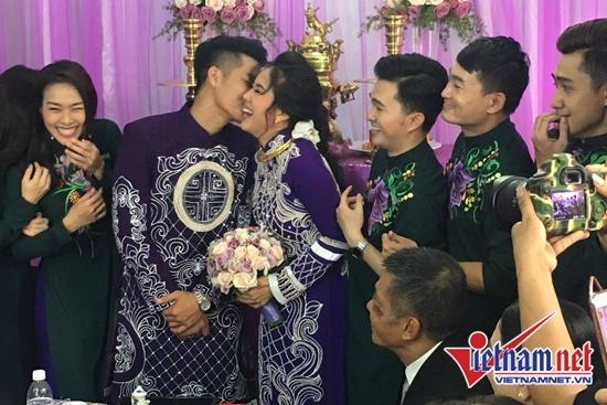 Đám cưới diễn viên Lê Phương và chồng kém 7 tuổi