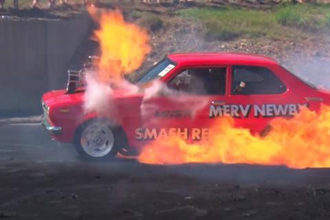 'Đốt lốp' - Cẩn thận kẻo cháy cả xe!