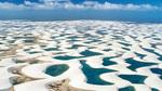 Hàng nghìn hồ nước xanh lam ngọc bất ngờ xuất hiện giữa sa mạc
