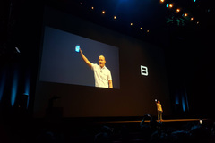 BPhone 2017 có giá bán 9.789.000 đồng