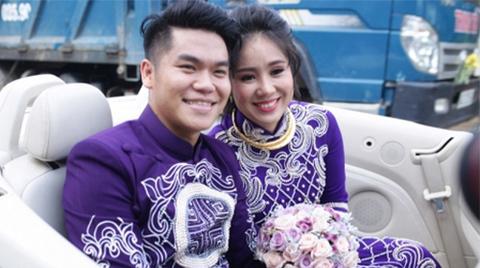Khách mời phấn khích chào đón cô dâu Lê Phương và chú rể Trung Kiên