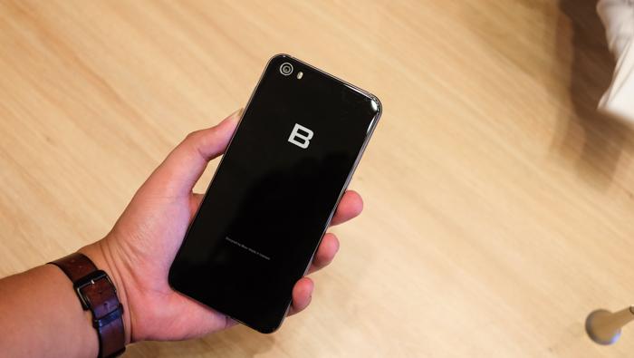 Bphone 2, Smarphone, Android,sạc điện thoại di động