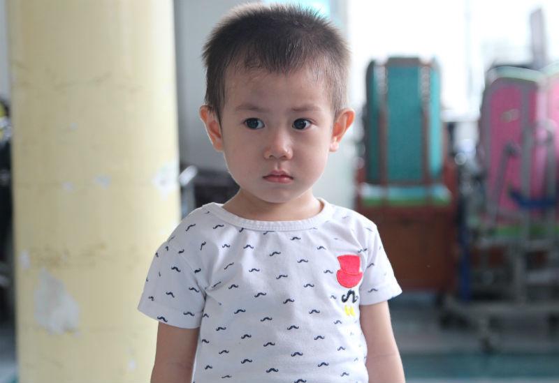bỏ rơi, bé trai bị bỏ rơi, Sài Gòn, bệnh viện Từ Dũ