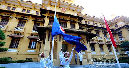 Lễ thượng cờ ASEAN tại Hà Nội