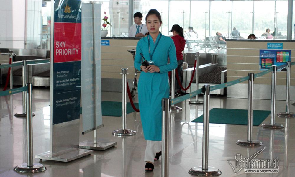 tiếp viên hàng không, sân bay, Vietnam Airlines