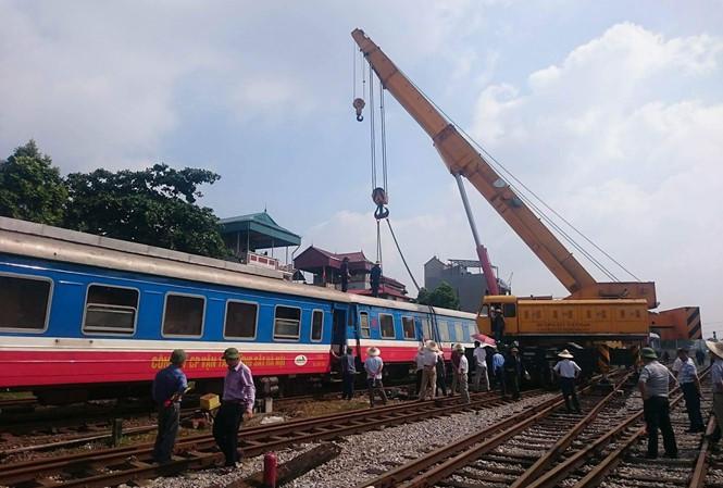 tàu trật bánh, Bộ GTVT, ga Yên Viên, Nguyễn Ngọc Đông