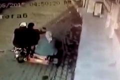 Thanh niên thể hiện lái mô tô 3 bánh gây tai hoạ