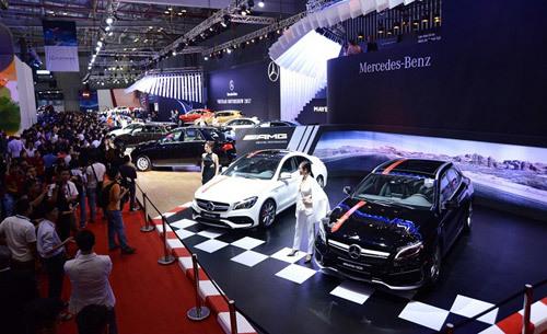 Mãn nhãn với dàn xế 60 tỷ từ Mercedes-Benz