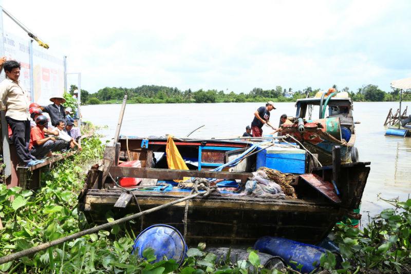 chìm tàu, tàu chìm, chìm tàu trên sông Sài Gòn, Bình Dương