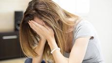 Tôi có nên ly dị người chồng chỉ biết đến tiền?