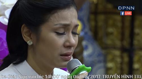 Diễn viên Việt Trinh khóc nghẹn kể lại chuyện quá khứ - ảnh 4