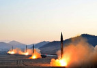 Triều Tiên dọa phóng 4 tên lửa vào Guam, Mỹ ra cảnh báo mới